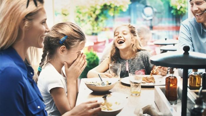 Waarom gezinnen meer samen moeten eten