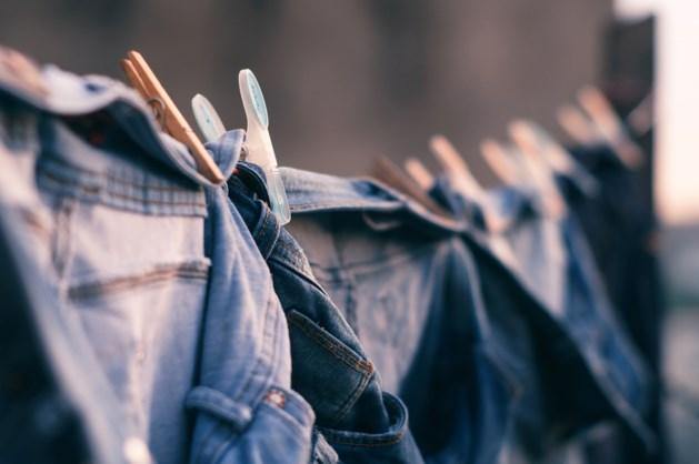 De vier meest gemaakte fouten bij het kopen van een jeans (en zo kan je ze vermijden)