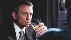 James Bond is een alcoholist