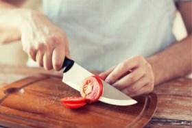 Veiliger snijden tijdens het koken? Houd je mes dan eens zo vast