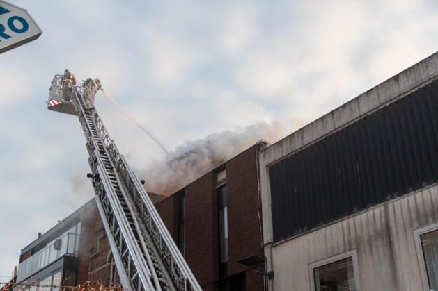 Korstsluiting oorzaak van dakbrand