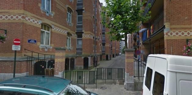 Brusselse politie schiet man dood die ouders bedreigde en agenten aanviel met sabel