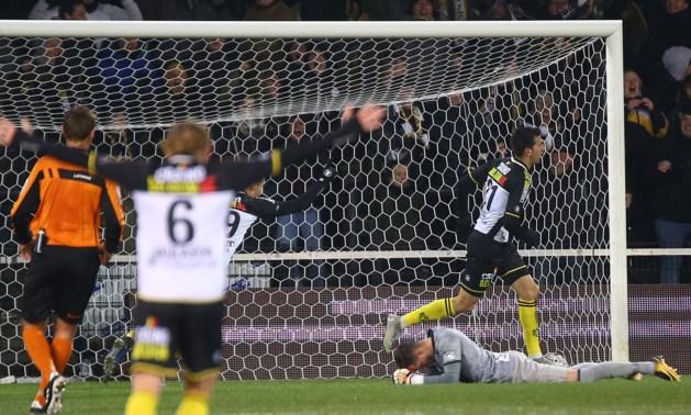 HERBELEEF. Rode lantaarn Lokeren wint verdiend van seizoensrevelatie STVV