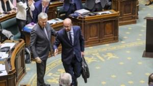 """Carl Devos ongemeen scherp voor premier Charles Michel: """"Dit is de bocht der bochten"""""""