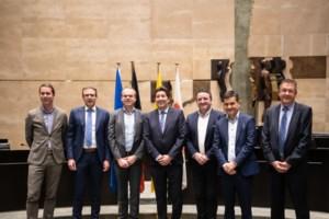 Acht burgemeesters leggen eed af