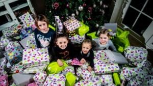 Vriendinnetjes uit Pelt zamelen tweehonderd pakjes in voor arme kinderen