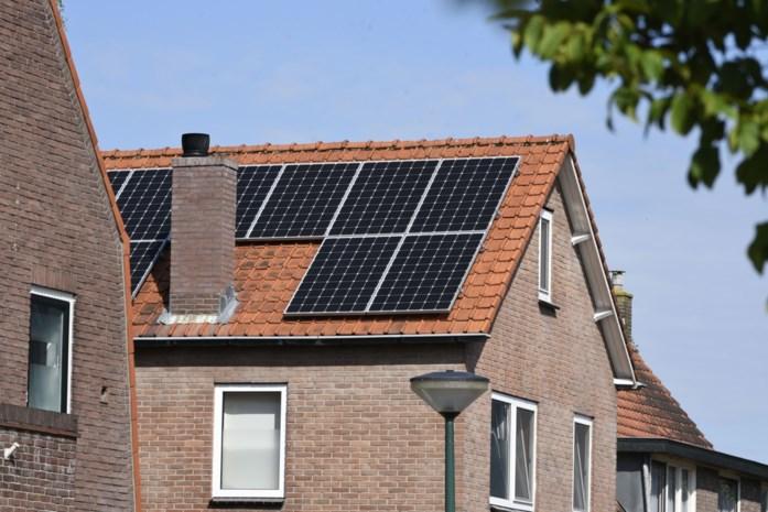 Alle lichten aan, elektrische vuurtjes in huis… eigenaars zonnepanelen 'verbrassen' hun stroomoverschot
