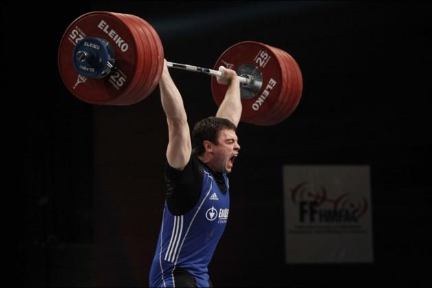 Gewichtheffen blijft een probleemsport: twee olympische kampioenen betrapt bij hertesten van stalen