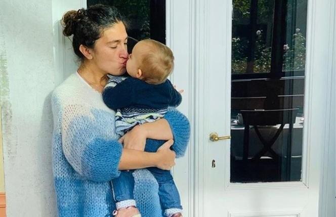 """Tien babyvragen aan Zuhal Demir: """"Na een maand zijn we van onze roze wolk afgedonderd"""""""