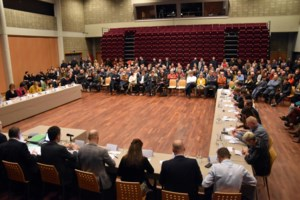 "VIDEO. Eerste gemeenteraad in fusiegemeente: ""Pelt is geen optelsom"""