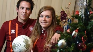 """Voetbalkoppel bij KFC Diepenbeek in het elftal van de maand: """"Ik vind het knap hoe Niels een bal uit de lucht haalt"""""""