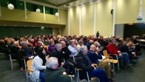 VIDEO. Infovergadering over megakippenstallen in Kortessem doet gemoederen hoog oplaaien
