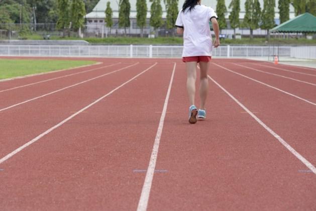 Nederlandse atlektiekcoach misbruikt 35 jaar lang tienermeisjes, enkelen werden zwanger