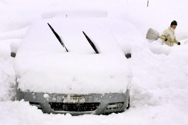 OPROEP. Volop files op lokale wegen nabij Oostenrijkse skigebieden