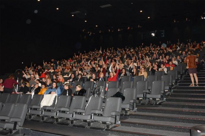 """Man zorgt voor onrust bij 'Ladies at the Movies' in Hasselt: """"Krijgt mijn partner dan ook een goodiebag?"""""""