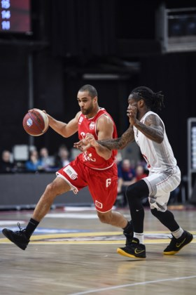 Oostende vernedert Antwerp Giants in basketbaltopper