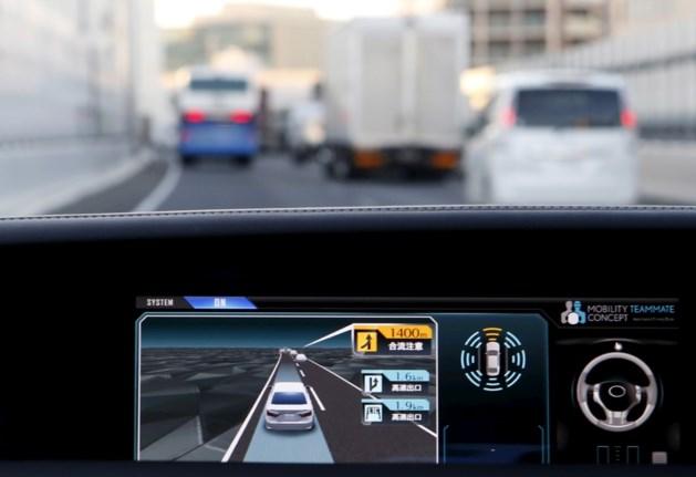 Europees Parlement drukt gaspedaal van zelfrijdende wagens in
