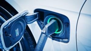 Eenzelfde elektrische 'tankbeurt' kan tot zes keer meer kosten