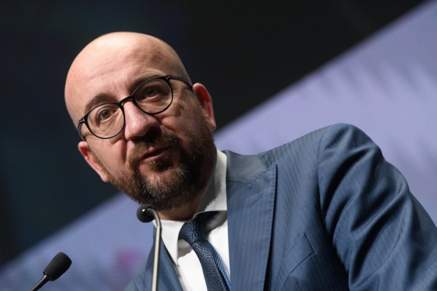 Premier Michel blijft zich verzetten tegen naakte ontslagen bij Proximus