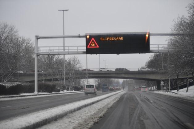 Code geel: winterse buien in Vlaanderen veroorzaken gevaarlijk gladde wegen