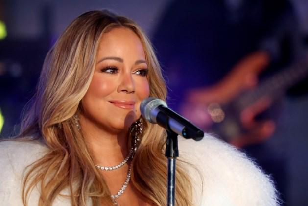 """Voormalige assistente van Mariah Carey dient klacht in wegens misbruik: """"Ik kreeg slagen en er werd op mij geplast"""""""