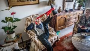 """Oudste Limburger wordt 108: """"Elke dag turnoefeningen en glaasje wijn"""""""