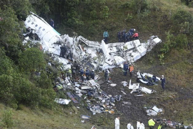 Spoorloos vliegtuigje met Sala is niet het eerste luchtvaartongeval dat voetbalwereld opschrikt: van Busby Babes tot Leicester-voorzitter