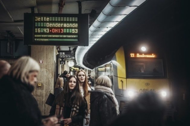 Minder dan de helft van treinen rijdt op tijd