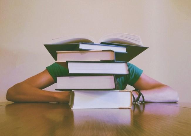 """GETEST. Zelfhulpboeken: """"Hoe meer een boek belooft, hoe minder je erin moet geloven"""""""