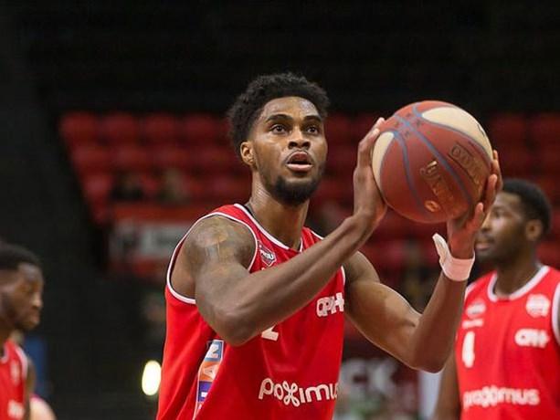 Charleroi wint inhaalduel tegen Limburg United in Euromillions Basket League