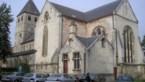 Kerk verwarmd met houtsnippers
