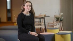 """Helene (18) wil leraar worden maar is nog niet zeker: """"Waar vind ik de beste info voor mijn studiekeuze?"""""""