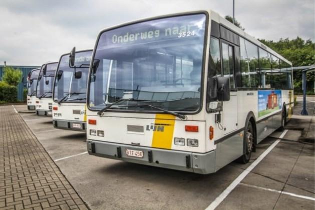 Online veiling lijnbussen van start: te koop vanaf 450 euro