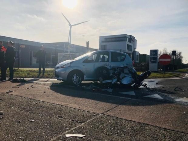 Afrit op E313 in Zolder afgesloten na ongeval: motard (28) zwaargewond