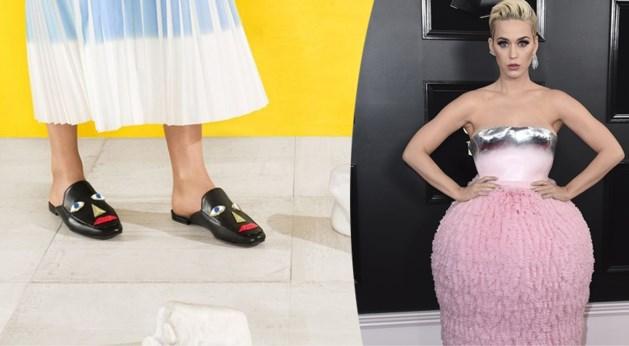 Katy Perry haalt schoenen uit de rekken na kritiek