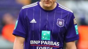Olivier Deschacht gokte illegaal op voetbalwedstrijden: boete van 24.000 euro is definitief