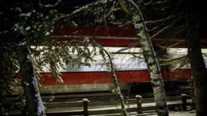 Belgische toerist (27) in Tirol door trein gegrepen op weg naar vakantiewoning na daguitstap