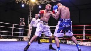 """Francesco Patera verlengt met glans Europese titel bij lichtgewichten: """"En nu de wereldtitel"""""""