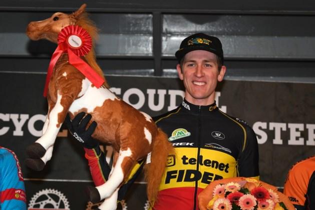 Toon Aerts wint Cyclocross Masters, Tom Meeusen springt over 80 centimeter met fiets