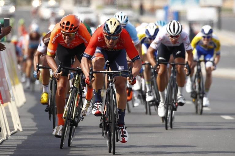 """Van Hooydonck en """"te brave"""" Van Avermaet grijpen nipt naast ritzege in Oman, bloemen zijn voor Sonny Colbrelli"""