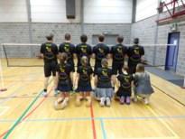 Badminton Zoutleeuw zonder verlies in nieuwe T-shirts