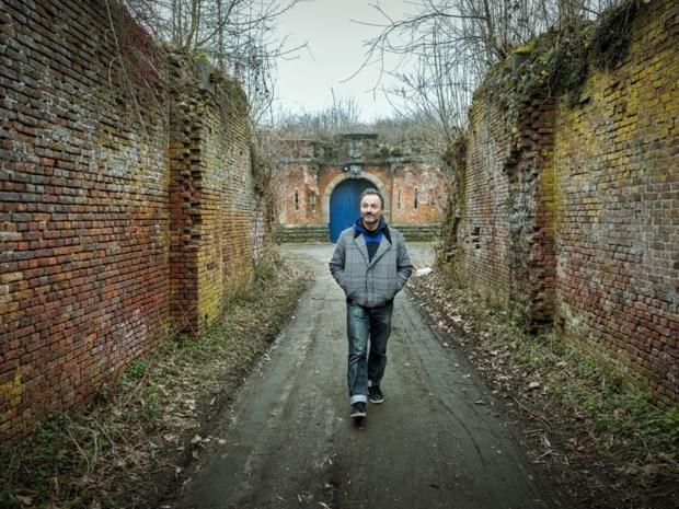Dimitri Leue over opa, oma en het splijten van het riet