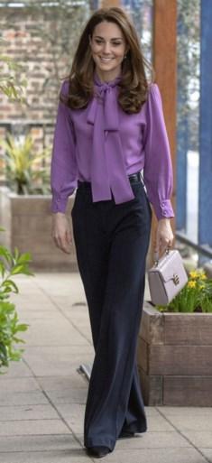 Kate Middleton draagt Gucci-blouse van 900 euro… omgekeerd