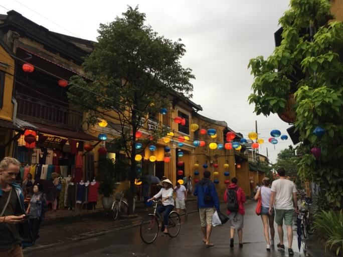 Met de boot naar Ha Long Bay en lampionnen kijken in Hoi An: tips voor een reis in Vietnam