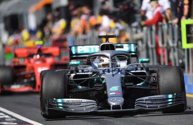 Hamilton bovenaan in de trainingen: heeft Mercedes verstoppertje gespeeld?