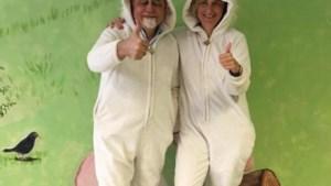 Crevits en Peumans trekken konijnenpak aan voor Bednet