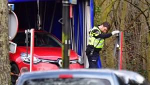 """Eigenaar van rode Clio getuigt voor het eerst over aanslag in Utrecht: """"Mijnheer, ren voor uw leven"""""""