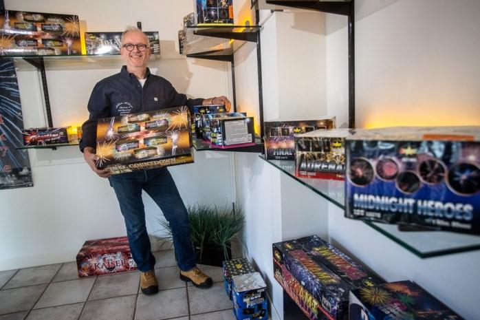 """Vuurwerkverkopers niet te spreken over verbod: """"Ik vrees voor het einde van mijn zaak"""""""
