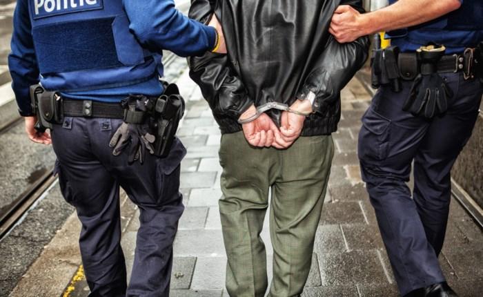 Hasseltse drugsgebruiker riskeert 24 maanden cel voor dagcrème- en fietsdiefstal