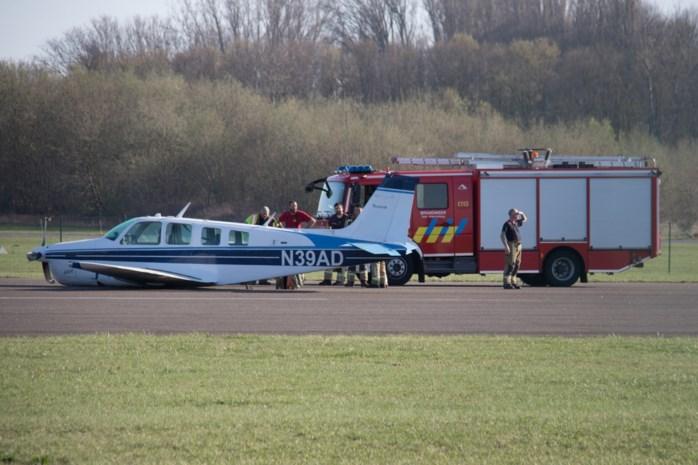 Piloot maakt buiklanding met vliegtuig in Brustem